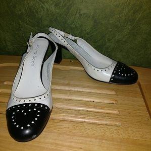 Super cute black and white sling back heels 6.5
